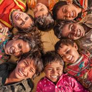enfants indiens heureux