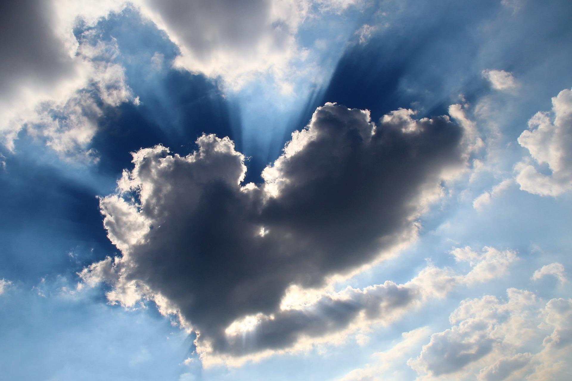 cloud-3961277_1920